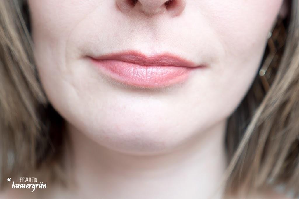 ARIA Pure Lipsticks von Hynt Beauty / Bellini Nude / Lippenstift vegan, natürlich / Swatches, Tragefotos