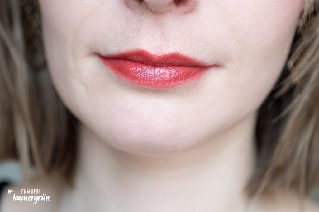 ARIA Pure Lipsticks von Hynt Beauty / Pomegranate / Lippenstift vegan, natürlich / Swatches, Tragefotos