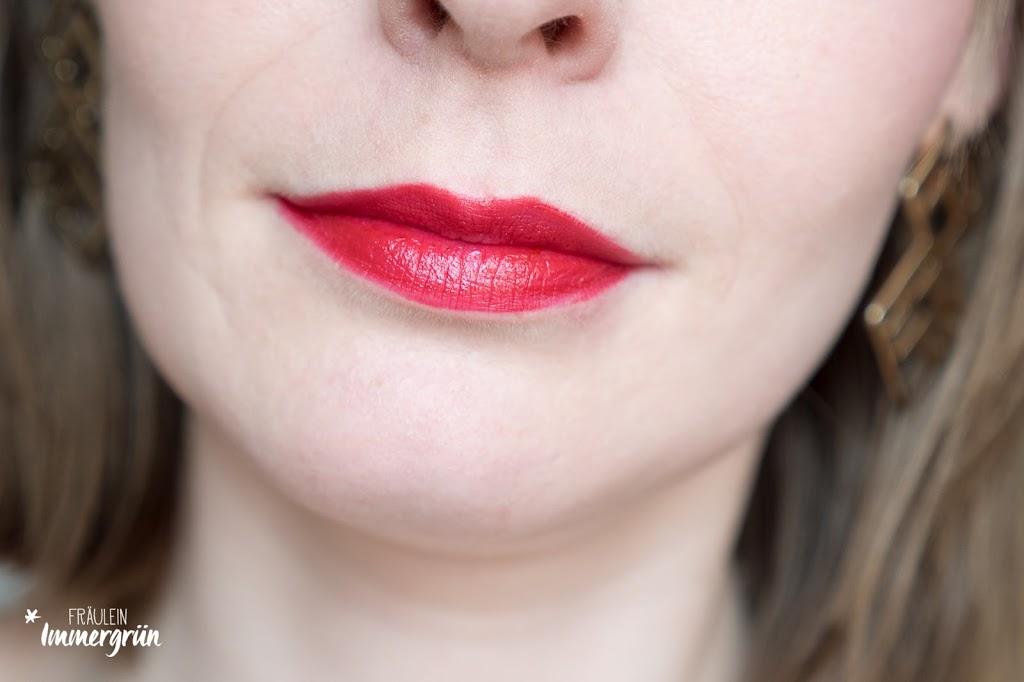 ARIA Pure Lipsticks von Hynt Beauty / Red Fervor / Lippenstift vegan, natürlich / Swatches, Tragefotos