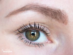 Uoga Uoga Natural Mascara with Blackberry Extract | Nets of the Night
