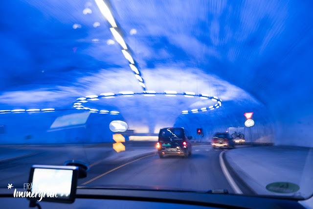 Norwegen: Kreisverkehr mitten im Berg und Tunnel