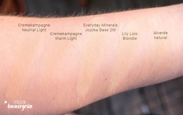 Swatches Cremekampagne Mineral Foundation Light, Neutral und Warm