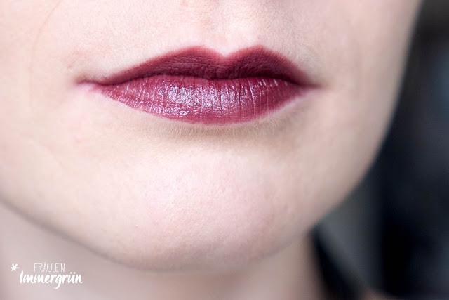 Avril Lipstick Aubergine Nacre