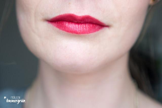 Vergleich Hiro Cosmetics und Nui Berlin Lippenstift