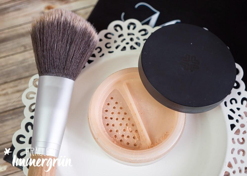 Lily Lolo Finishing Powder - Flawless Silk