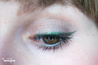 Veg-up Liquid Eye Pencil Emerald