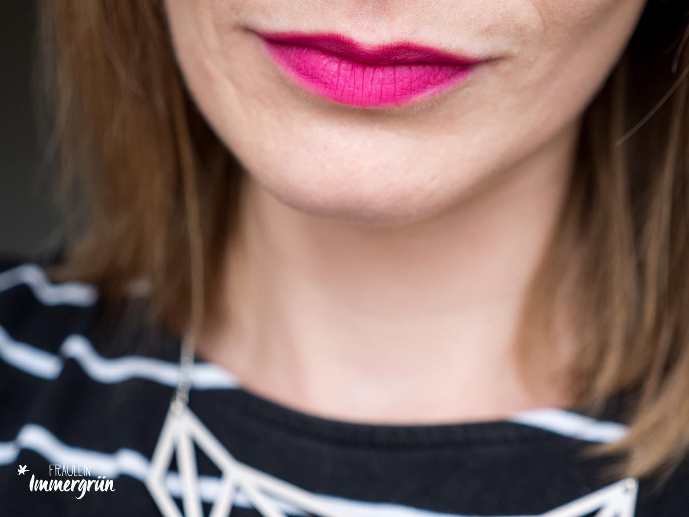 100 Percent Pure natuerlicher Lippenstift: Tragefoto von Cocoa Butter Semi-Matte Lipstick Marrakesh – Stain. Vegane Naturkosmetik.