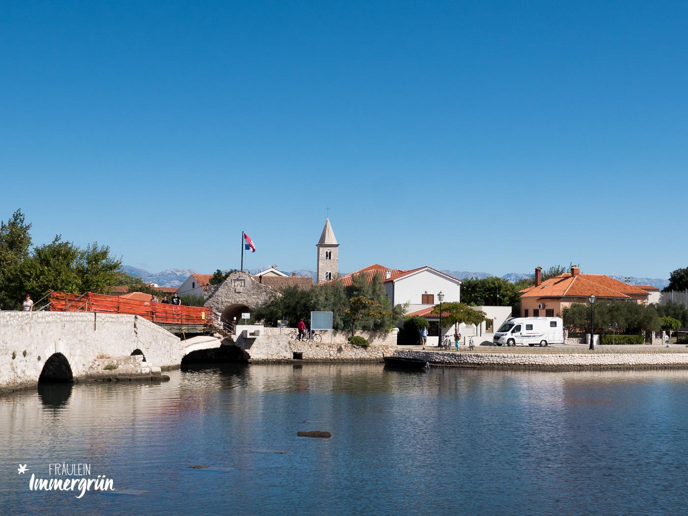 Dalmatien in Kroatien: Urlaub an der dalmatinischen Küste in der Nebensaison – Hafenstadt Nin