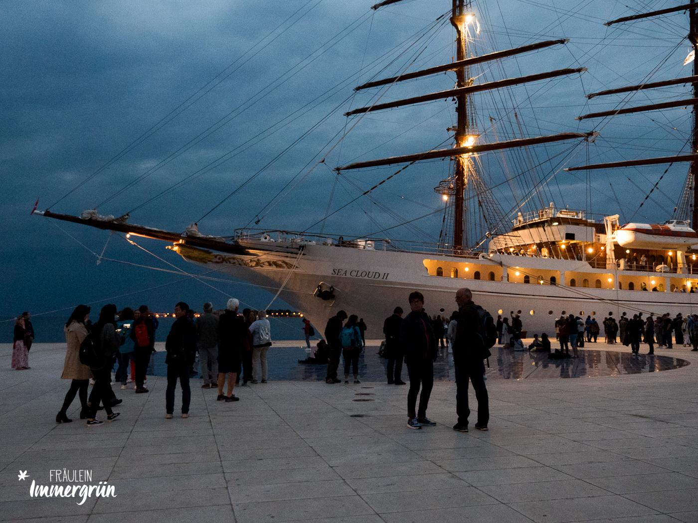 Dalmatien in Kroatien: Urlaub an der dalmatinischen Küste in der Nebensaison – Zadar Gruß an die Sonne
